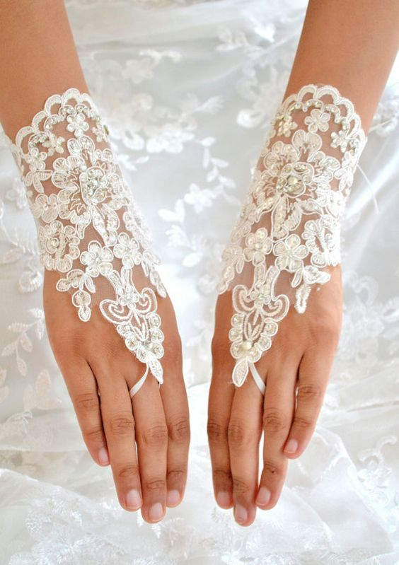 Swarovski Crystal Lace Short Bridal Fingerless by TheCrystalShoeCo, £22.99