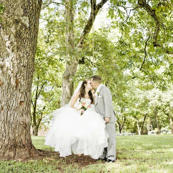 Pure romance! Love this shot by @andiefreemanphotography! Dress from @davidsbridal // planner: @southernsophisticationdesigns // Venue: Starrsville Plantation