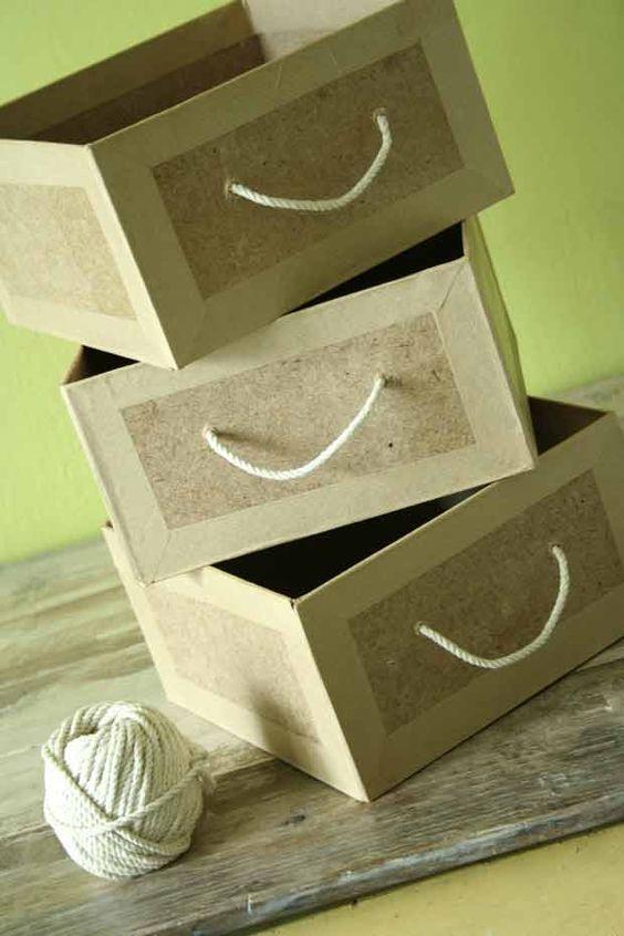 Tutoriel pour fabriquer des tiroirs ou des boites en carton avec différents matériaux. Très pratique pour un rangement au top !