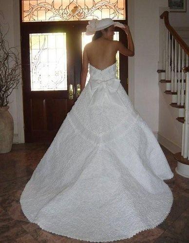 Impresionantes vestidos de novia hechos de papel higiénico. Ann Kagawa Lee sin duda tiene mucha