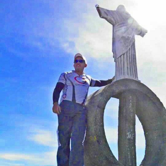 Ao pé do Cristo no Pico da Bandeira