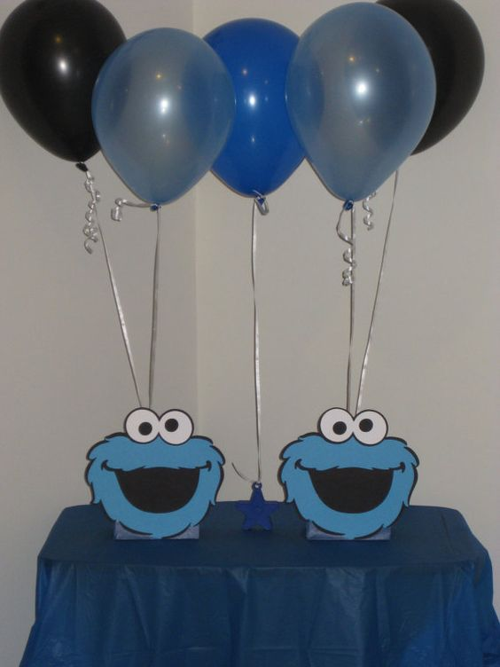 Cookie monster birthday party centerpiece balloon