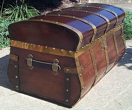 party website storage trunk party decoration ideas steamer trunk ...