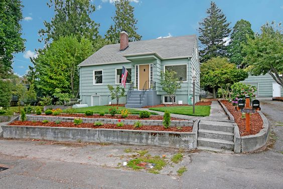 SOLD - Investor special! This Duplex is just the rental property you've been looking for. The main unit features 4 bedrooms 1.5 bathrooms, & over 1,600 SF with fresh paint & classic mid-century charm. Downstairs the second unit features nearly 800 SF with an updated kitchen, 1 bed & 1 bath. Washer/Dryer hookups are available for both units, too! Great as a primary residence with mother-in-law apartment, or rental property for positive cash flow.  1536 Pennsylvania Ave, Bremerton 98337