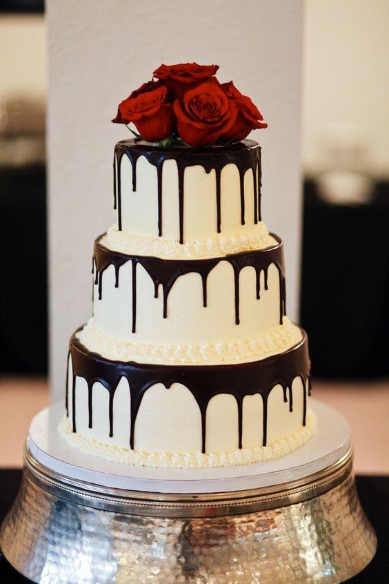 5 Easy DIY Wedding Cakes - Drip Wedding Cake