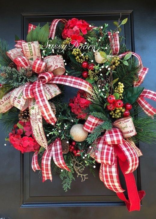 Unique Christmas Wreath Decoration Ideas For Your Front Door 21 Christmas Wreaths Christmas Decorations Christmas Mesh Wreaths