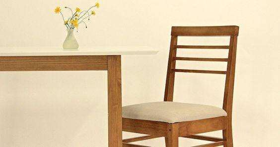 """Das Design des Esstisch aus der Produktlinie """"Vitra"""" stammt aus ..."""