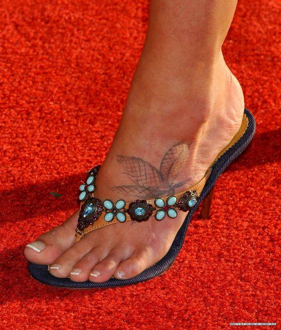 lena headey feet