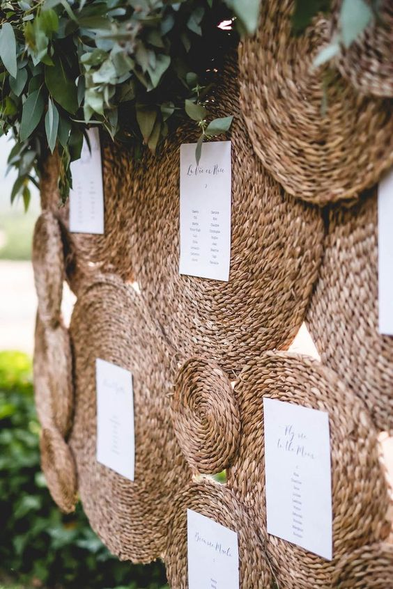 Natural wedding seating chart made of earth-friendly  straw