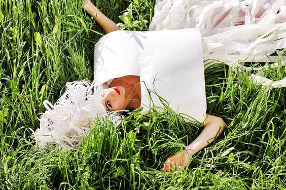 Paper fashion, бумажный костюм, make up, головной убор, бумажный колпак