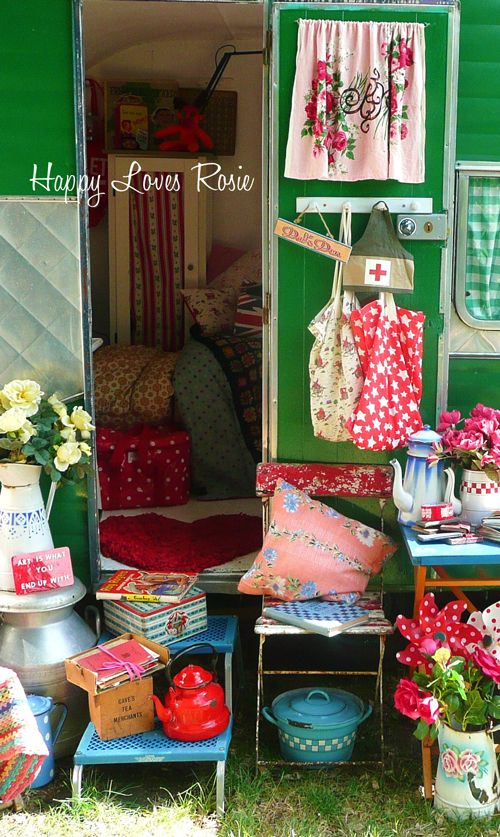 HAPPY LOVES ROSIE: Our holivan: