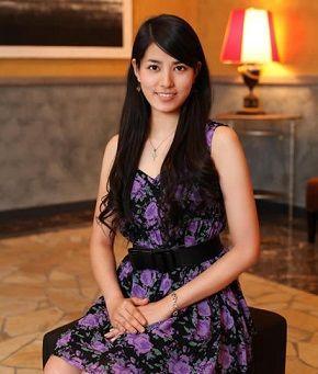 紫ドレス大人っぽい永島優美