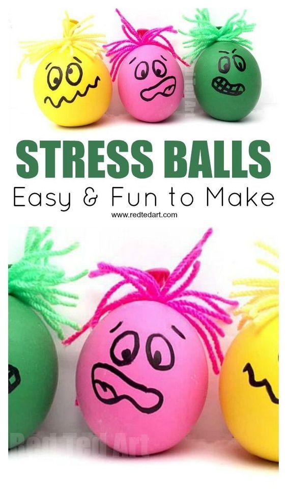 How to make a Stress Ball. Fun and easy DIY Balloon Stress Balls for Father's Day or Teacher Appreciation Day. These DIY Stress Balls also make a great sensory toy #stressballs #sen #sensory #fathersday #teachers