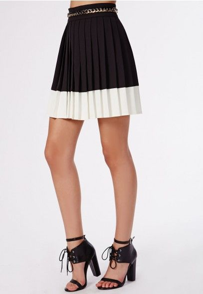 Missguided Karry Pleated #Monochrome Chain Detail Skirt in #Black.