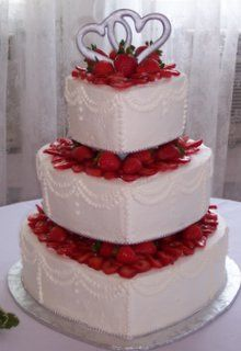 heart cake with strawberries the great american wedding