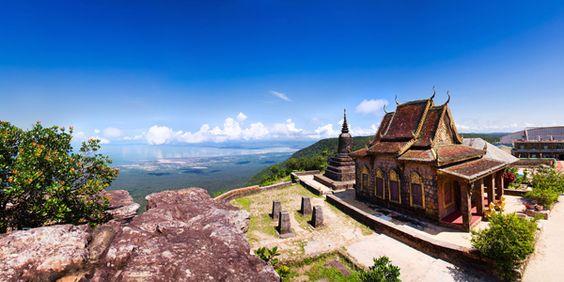 Vẻ đẹp hùng vĩ của ngôi chùa Năm Thuyền