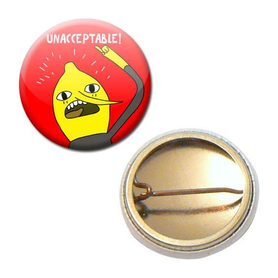 Badge 25 mm - Adventure Time Comte de la citronnelle Unacceptable Cartoon : Pins, badges par miss-kawaii
