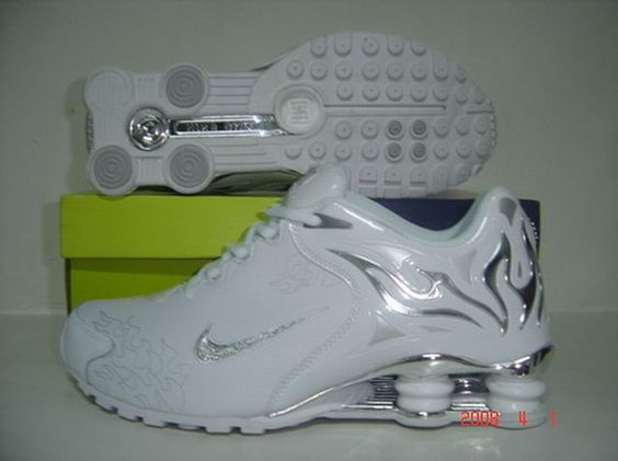 all white nike shox for women