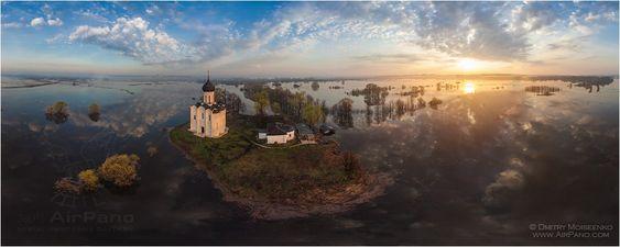 http://www.airpano.ru/files/Tserkov-Pokrova-na-Nerli/image10.jpg