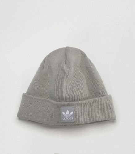 adidas-Originals-Knitted-Beanie-With-Patch-Logo
