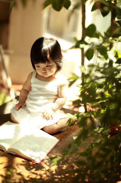 relax: Asian Kids, Reading Mood, Kids Photos, Reading Books, Children Reading, Books Reading, Kids Reading, Caught Reading, Photography Kids
