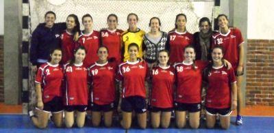 Batacazo de San Pablo  Las dirigidas por Alejandro Trejo doblegaron a su similar de Layva por la tercera fecha del Torneo Apertura de Handball.