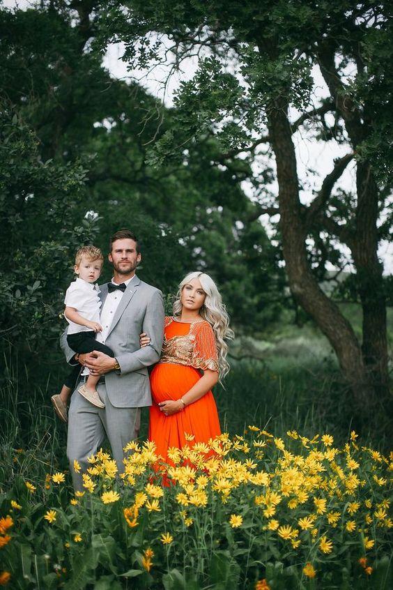 maternity pics with the boys | Cara Loren | Pinterest ...