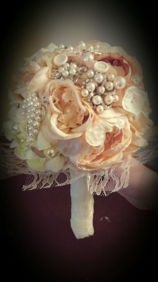 My bouquet, almost finished!!