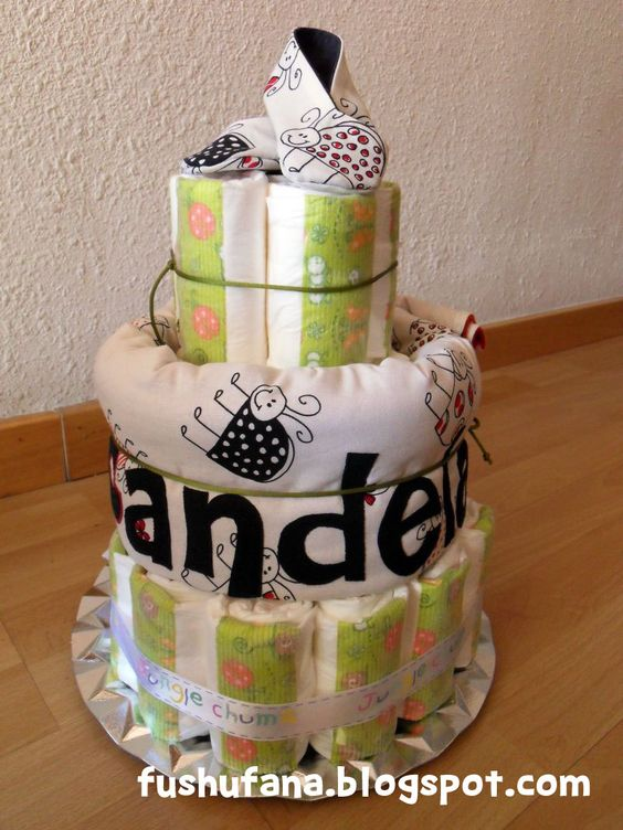 FushuFana: Tarta de pañales / Nappies Cake