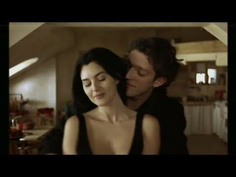 Monica Bellucci - Leonard Cohen - Dance Me To The End Of Love - YouTube