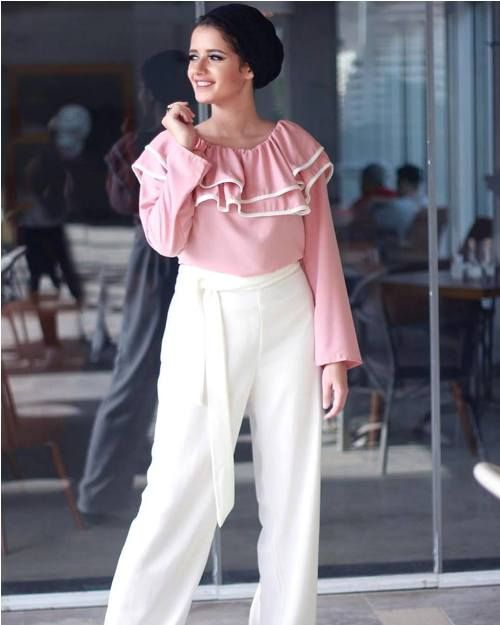 pink ruffle blouse with palazzo pants-Hijab fashion ideas for Easter – Just Trendy Girls