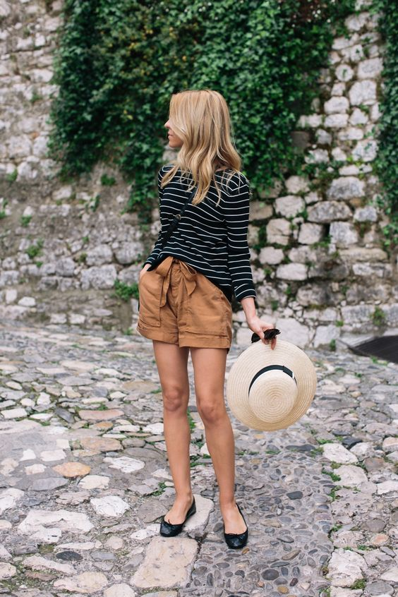 Gingerly Witty Stripes high-waisted shorts