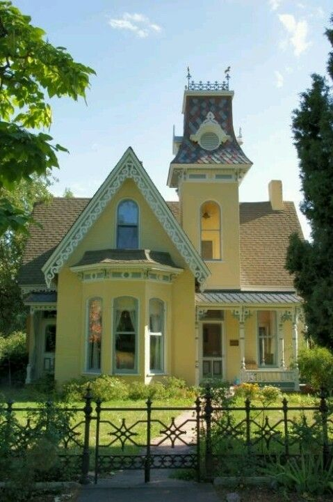 Yellow Victorian Home W White Trim Reminds Me Of A House