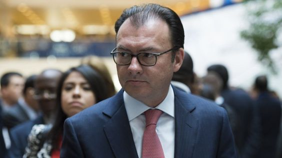 Trump Mexico visit: Luis Videgaray quits as finance minister - BBC News