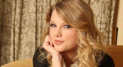 Taylor Swift: Billboard's Top-Earner