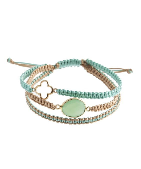 Chysoprase & Flower Charm Triple Threaded Macrame Bracelet. Bracelet handcrafted with beige and turquoise hand woven thread, a gold-plated flower charm and a chrysoprase stone-Macrame Bracelet