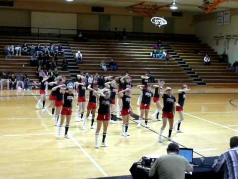 HHS Cheer Hip-Hop Routine - YouTube