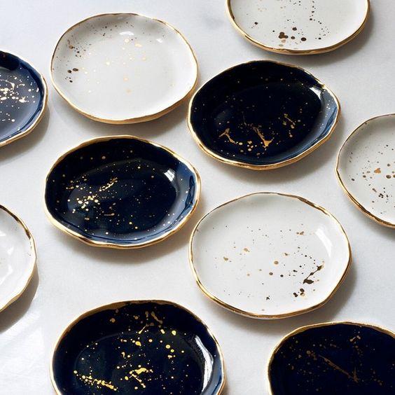 Suite One Studio gold flecked black blue and white ceramic gold rimmed plates   theprettycrusades.com
