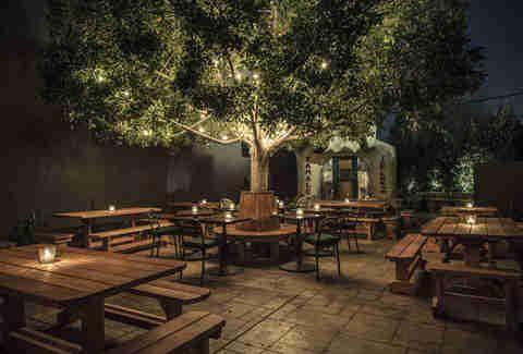 The 17 Best New Patios In La Outdoor Restaurant Patio Beer Garden Design Restaurant Patio