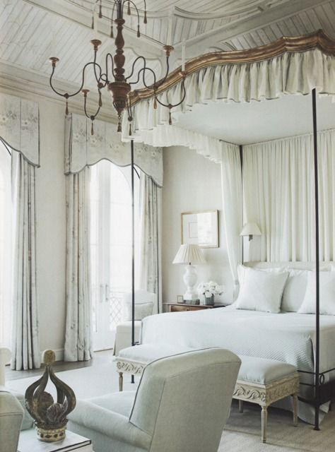 italian chandelier, very peaceful room