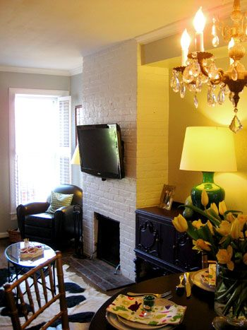 House Crashing Stunning In The City To Be Other And Tv Over Fireplace