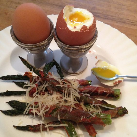 ... asparagus soldiers dippy egg and more soldiers asparagus hams eggs