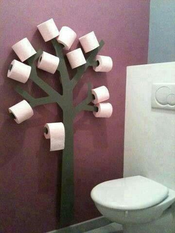 Árbol porta rollos de papel higiénico