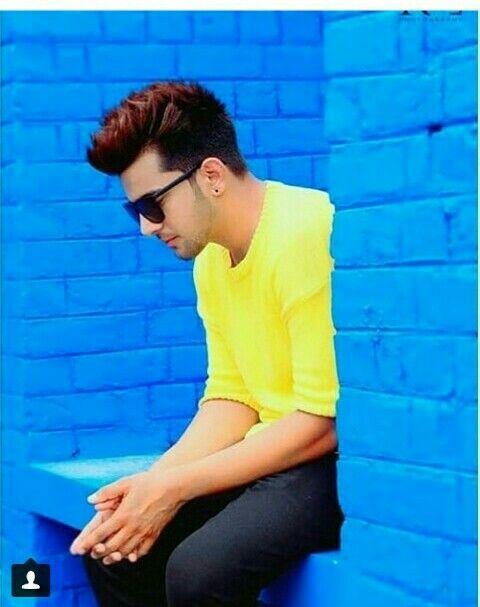 Punjabi Singers Handsome Celebrities Boy Poses Famous Singers Punjabi boy hd wallpaper download
