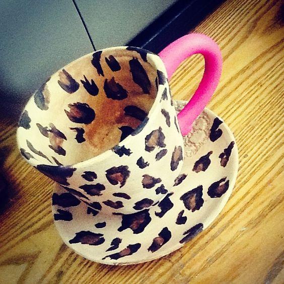 Leopard And Pink Coffee Mug                                                                                                               ↞•ฟ̮̭̾͠ª̭̳̖ʟ̀̊ҝ̪̈_ᵒ͈͌ꏢ̇_τ́̅ʜ̠͎೯̬̬̋͂_W͔̏i̊꒒̳̈Ꮷ̻̤̀́_ś͈͌i͚̍ᗠ̲̣̰ও͛́•↠