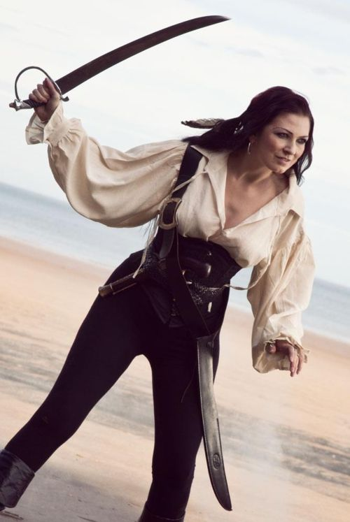 Femmes pirates - (page 3) - passionimages