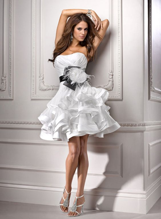 What to wear to a wedding? If there is a dress code on the White ...