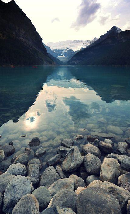 Lake Louise, Banff National Park, Alberta, Canada /