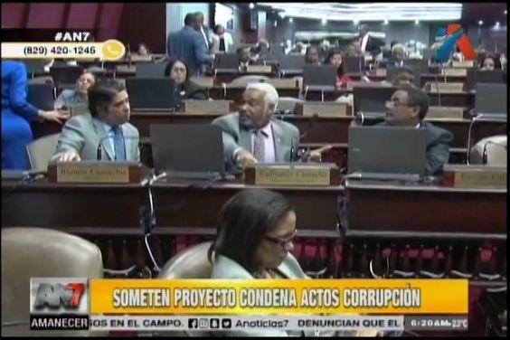 Diputado somete proyecto de ley que condena actos de corrupción