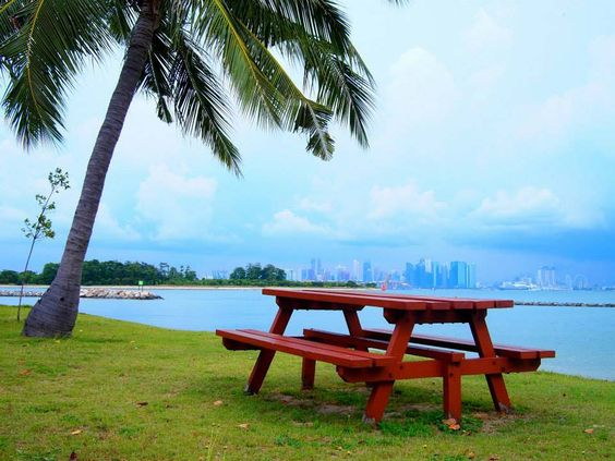 Singapore islands ferrys for day trips
